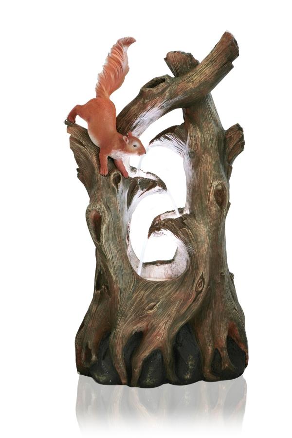 Luxusní kašna / fontána - Kmen s veverkou